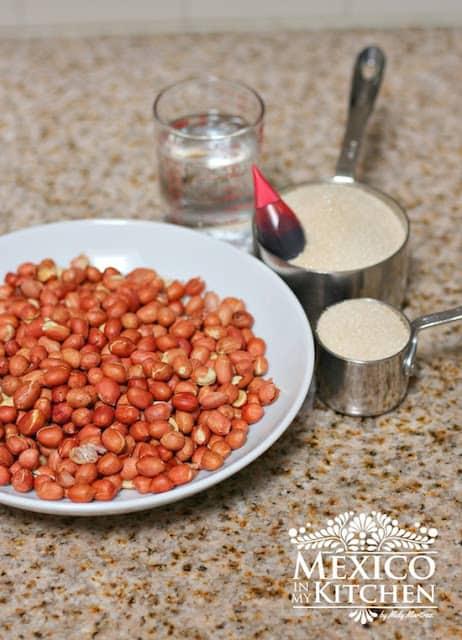 cacahuates garapiñados Candied peanuts