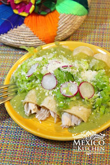 Poblano Peppers Enchiladas Recipe | Learn how to do make it today.