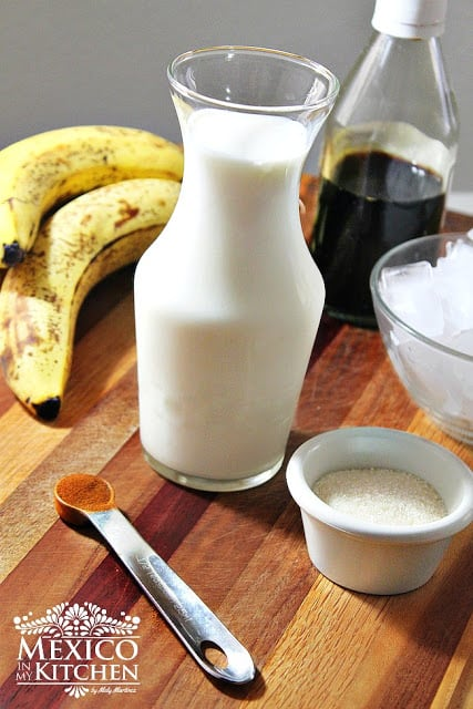 Easy banana smoothie | Ingredients