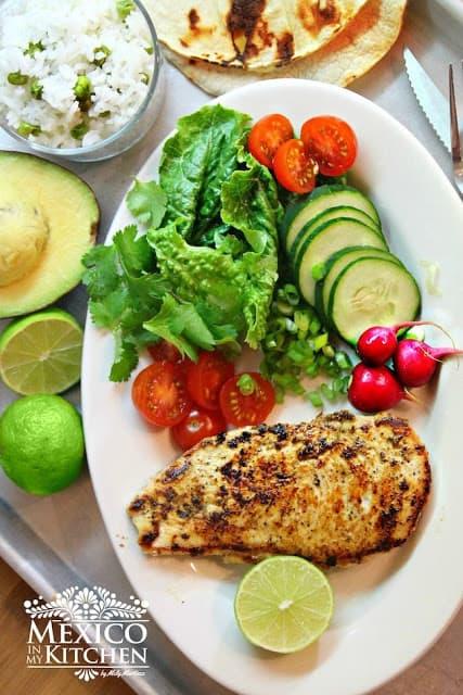 Quick Grilled Chicken Dinner | Pechugas de pollo a la plancha