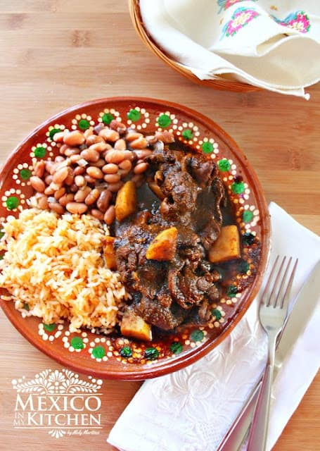 Steak and potatoes in Pasilla Sauce | Mexican Recipes