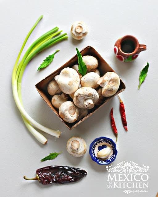 sautéed mushrooms easy recipe | ingredients