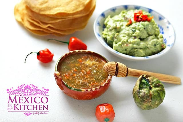 Habanero tomatillo salsa recipe | Authentic Mexican Recipes