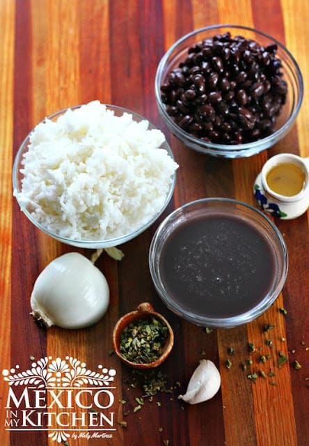 moros y cristianos  | black beans and rice recipe | Mexican Recipes