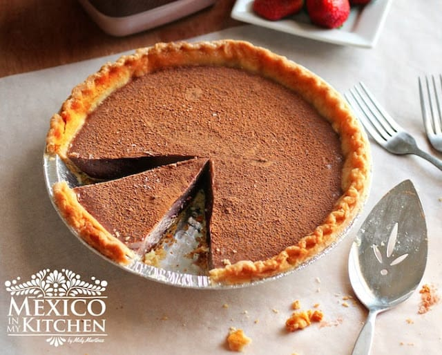 Chocolate Milk Pie , step by step instructions with photos of the process.